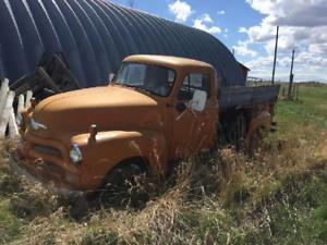 rare 1954 chev 3/4 ton truck