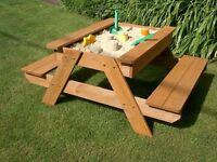 Picnic table/sand pit