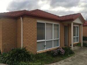 2 bedroom unit close to Clayton station,hospital&shops.$390pw Clayton Monash Area Preview