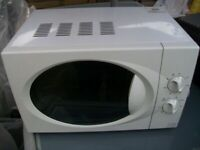 TESCO MICROWAVE AND OVEN MODEL NO MCM01 700W