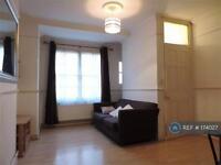 1 bedroom flat in Albury Buildings, London, SE1 (1 bed)