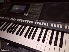 Yamaha PSR S970 Arranger Keyboard