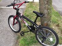 Apollo Vendetta BMX Bike