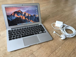 11 inch Macbook Air mid 2013 9/10 with brand new charger
