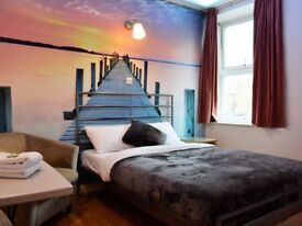 Great size Double room with En suite clean rooms with a cleaning service and all bills included wifi