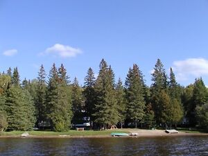 $149/night Lakefront Resort with a Private Hot Tub