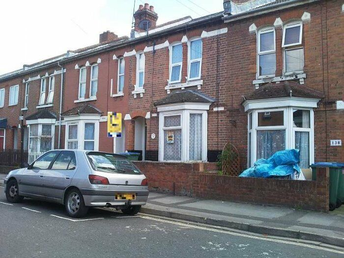 Furnished 4 Bedroom Student House in Milton Road, Fitzhugh (Polygon) for £ 1,295 Per Month