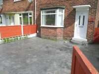 2 bedroom house in Rake Lane, Manchester