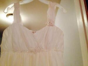 SIZE 14 WEDDING DRESS Cambridge Kitchener Area image 4