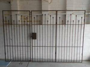 Steel fence Endeavour Hills Casey Area Preview