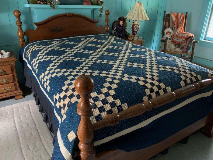 Antique Quilt Dbl Irish Chain Rich Dark Indigo Blue Dot & Star Fabric 81 x 98
