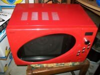 Microwave oven by Next Household in Red Model 664456 800W