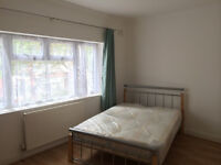 TWIN ROOM AVAILABLE IN LEYTON