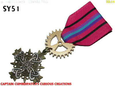 Steampunk badge brooch pin drape Medal celtic knot cross insular art pagan - Draped Cross Pin