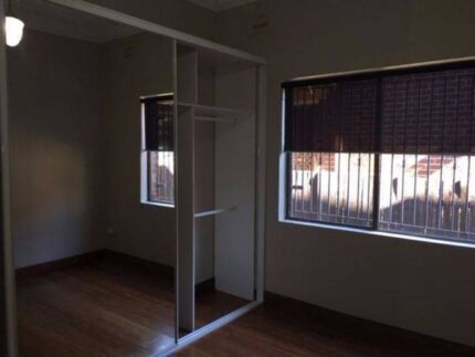 1 Spacious fuly-furnished bedroom with private bathroom