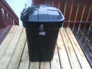 Garbage bucket with attached cover St. John's Newfoundland image 1