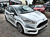 Ford Fiesta 1.6 ( 182ps ) EcoBoost 2013 ST 2 FULL SERVICE HISTORY 25000 MILES