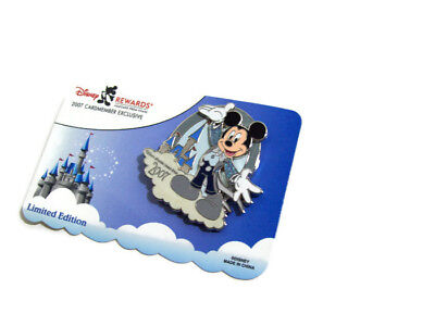 Disney Mickey Mouse 2007 Card Member Exclusive Limited Edition Pin New