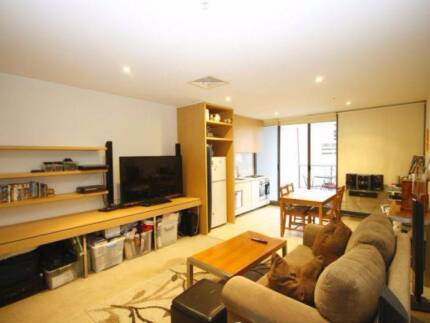 MELB 555 Flinders Street -1 Bedroom In Convinient CBD Location Southbank Melbourne City Preview