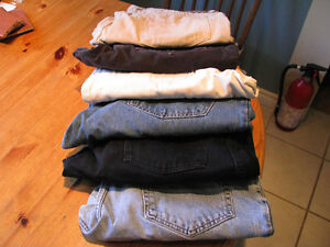 Lot of 6 Jeans
