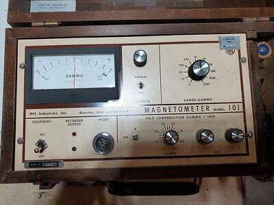 Pme Rfl Magnetometer Model 101 Wwood Case Y3