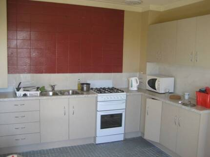 ATTENTION – ROOM AVAILABLE $140 – INTERNATIONAL STUDENTS WELCOME! Hindmarsh Charles Sturt Area Preview