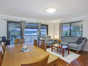 ASHMORE BEAUTIFUL HOME AND GRANNY FLAT.. Ashmore Gold Coast City Preview