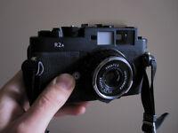 Voigtlander Bessa R2a + Skopar 35 f2.5 lens