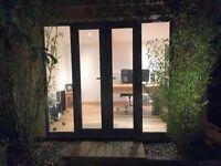 Beautiful Garden Office / Desk Space / Private Outbuilding Surbiton £49 per day