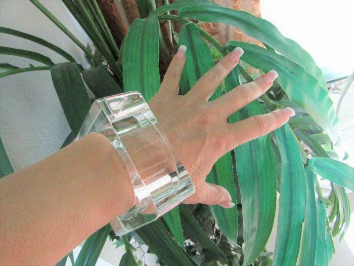 RUNWAY Big Chunky Clear Lucite Square Bangle Bracelet Attention Lucite Lovers