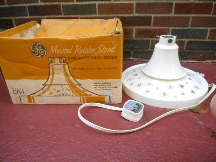 Mid Century GE ROTATING MUSICAL TREE STAND with REMOTE for Aluminum Tree w BOX