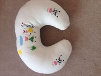 Mother care feeding pillow