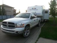 2007 wilderness scout fifth wheel with 2006 Ram 1500