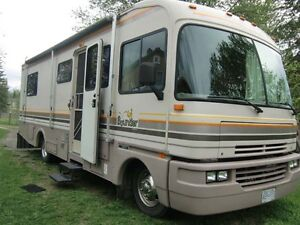 1993 Fleetwood Class A Bounder 29Ft Motorhome