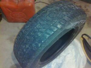 195/65r15 set of 4 snows.like new