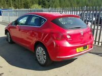 Vauxhall Astra 1.6 petrol breaking parts