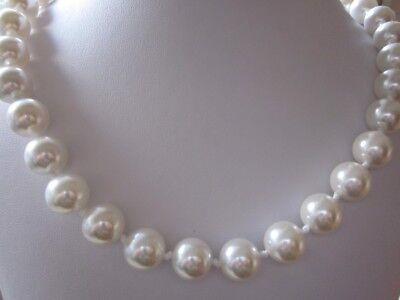 Schöne MUSCHELKERNPERLENKETTE Perlenkette weiss weiß 10 mm Kette Collier *c227