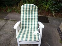 WHITE GARDEN CHAIR WITH BADDED BACKREST & SEAT FOR GARDEN OR CONSERVATORY USE.