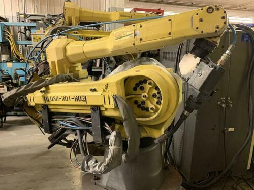 FANUC ARCMATE 120IC/10L 6 AXIS ROBOT WITH R30iA CONTROL & LINCOLN I-400 WELDING