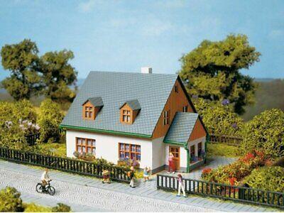 Auhagen 13300 House Hanna IN Tt Kit Brand New
