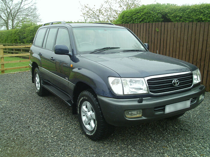 Top Features of a Toyota Landcruiser Amazon