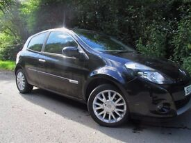 Renault Clio. CAN'T GET CREDIT? ... YES YOU CAN! CAR FINANCE AVAILABLE.
