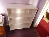MEDIUM SIZE BOOK CASE WITH 3 SHELVES INCLUDIND THE BOTTOM OF BOOKCASE IN WHITE