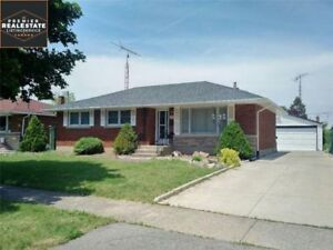 The Perfect Family Home - 3BDRM North End - All-Inclusive