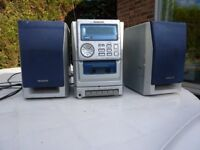 AIWA COMPACT DISC STEREO SYSTEM WITH TAPE PLAYER & RADIO IN GOOD WORKING ORDER