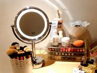 No7 Illuminated Makeup Mirror