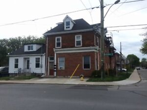 Three Bedroom Within Walking Distance to Downtown
