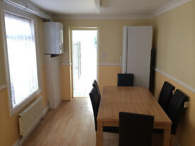 DOUBLE ROOM FOR 2 PEOPLE IN LEYTON
