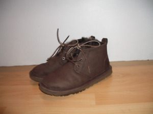 "Shearling boots "" UGG "" bottes mouton -- size 9 lady / 8 men 40"