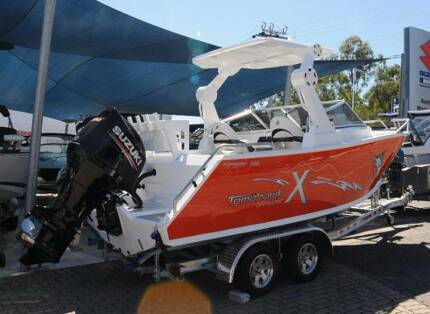 Formosa Tomahawk Offshore 580X Bowrider